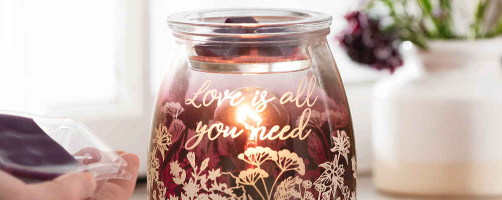 All you need is love Warmer