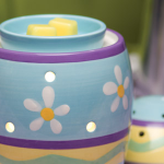 Scentsy Warmer – Scent of the Month – February 2013 – SAVE 10%